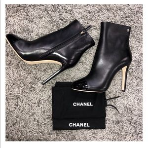 Chanel black ankle boot zip up
